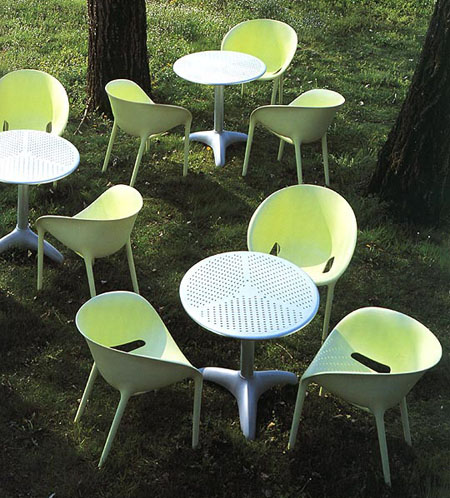Soft Egg chair from Driade, designed by Philippe Starck
