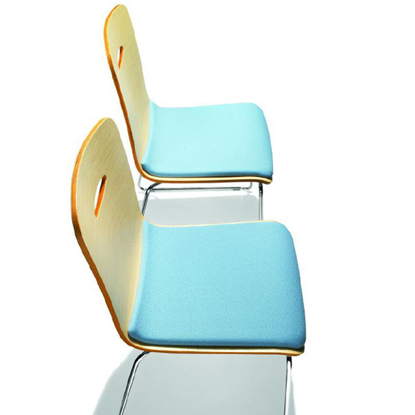 Gulp 16 Fabric/Leather chair from Parri