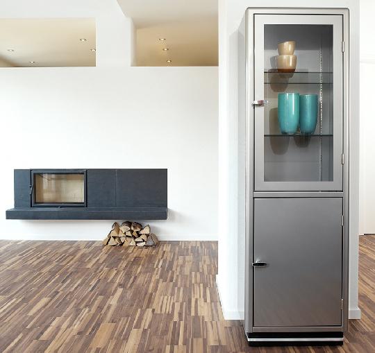Classic Line 2-Door Cabinet from Muller