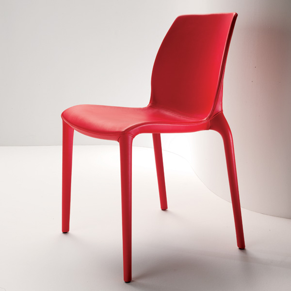 Hidra Leather chair from Bontempi, designed by Dondoli and Pocci