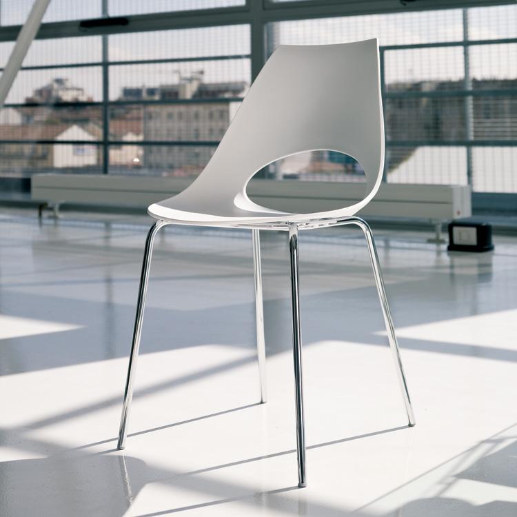 Shark Poly chair from Bontempi, designed by Yoshino Toshiyuki
