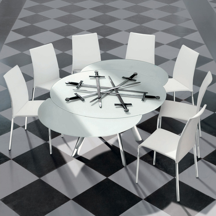 Giro, dining table from Bontempi