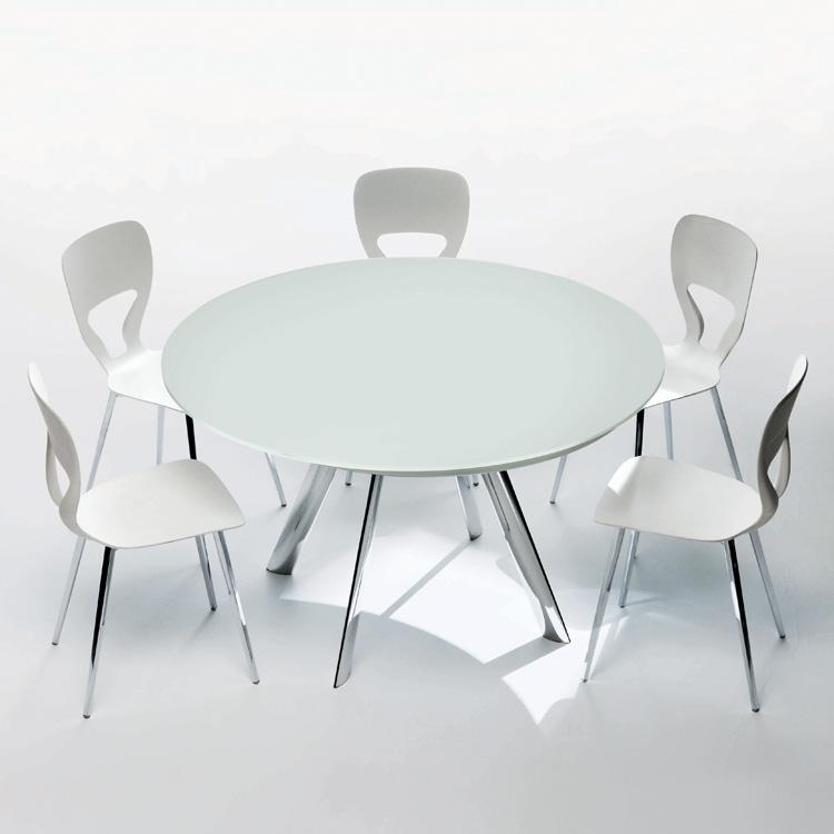 Giro dining table from Bontempi