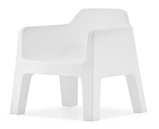 Plus Air Lounge chair from Pedrali, designed by Alessandro Busana