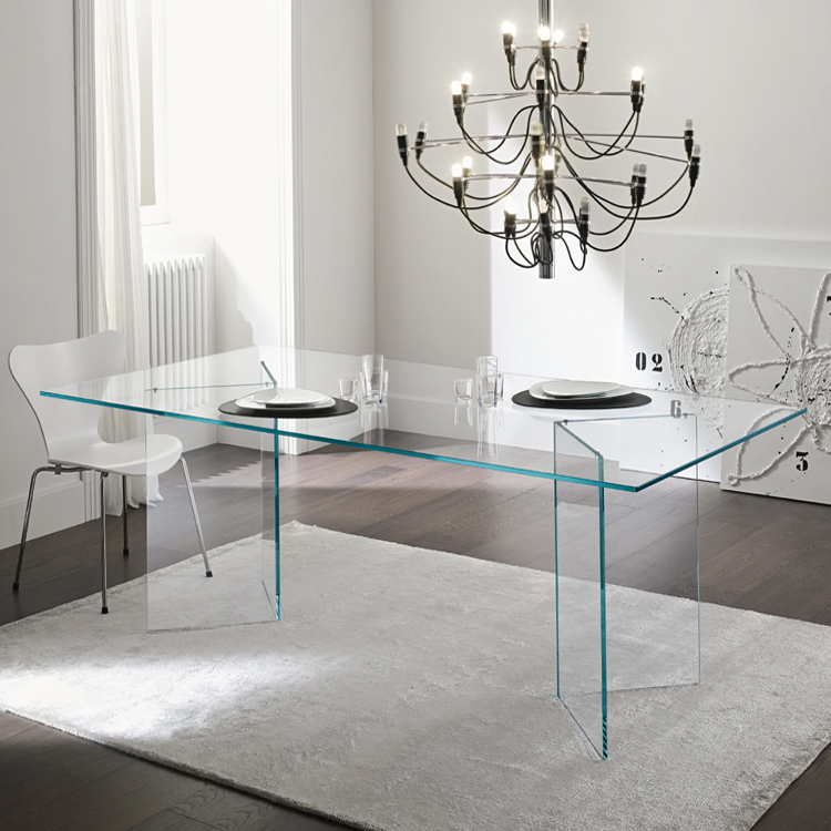 Bacco dining table from Tonelli