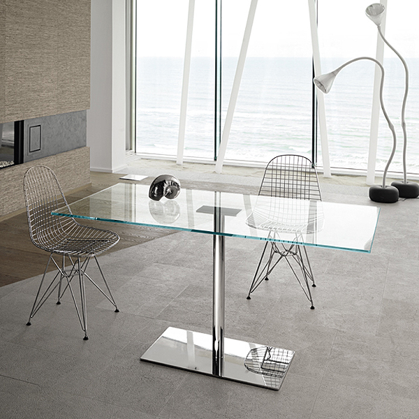 Farniente Alto dining table from Tonelli, designed by Giovanni Tommaso Garattoni