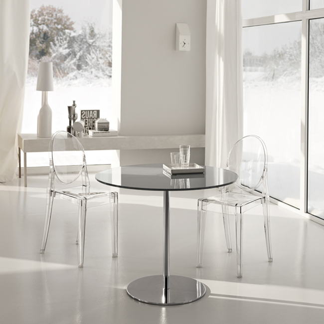 Farniente Alto Round dining table from Tonelli, designed by Giovanni Tommaso Garattoni