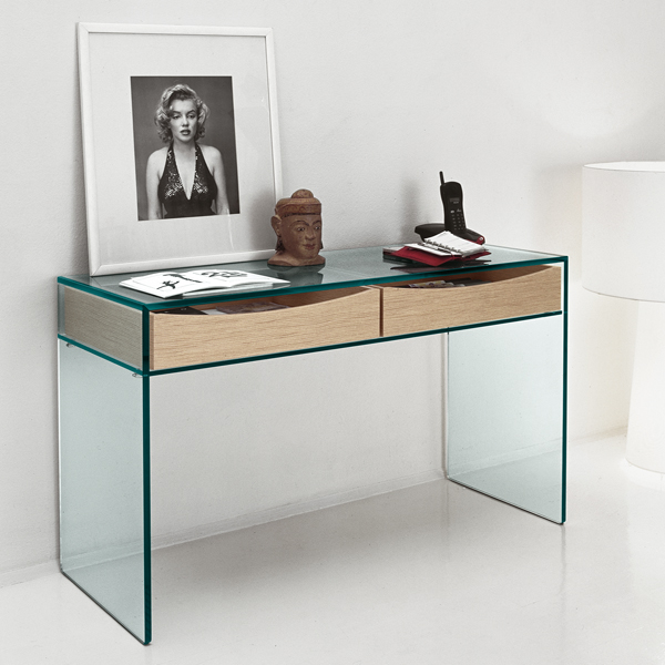 Gulliver console table from Tonelli, designed by M.U.