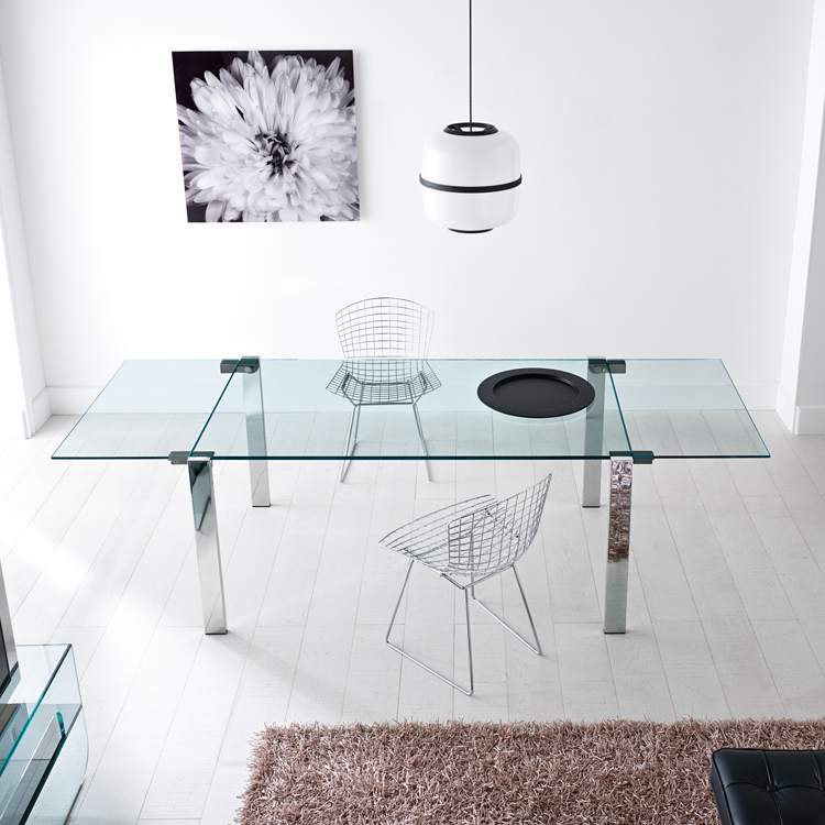 Livingstone dining table from Tonelli, designed by Giulio Mancini