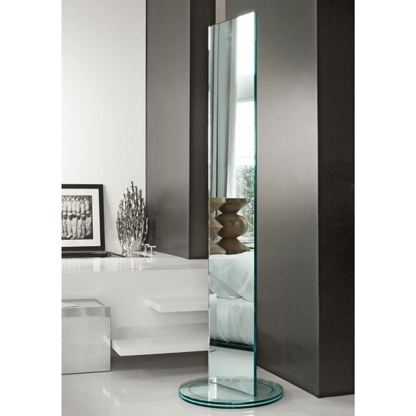 Soglia mirror from Tonelli, designed by Isao Hosoe