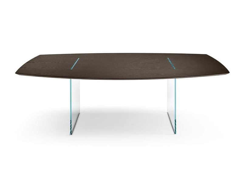 Tavolante dining table from Tonelli, designed by Marco Gaudenzi
