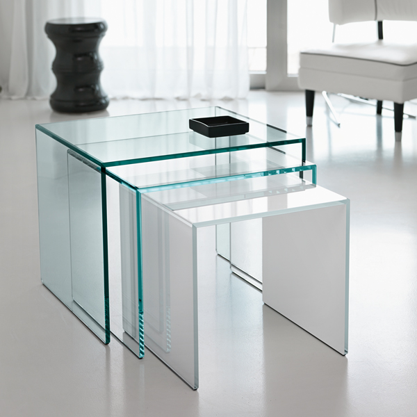 Trio end table from Tonelli