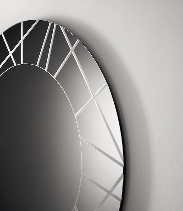 Segment mirror from Sovet, designed by Gianluigi Landoni