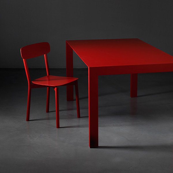 First dining table from Miniforms
