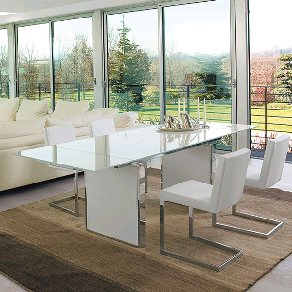 Sun dining table from Antonello Italia, designed by Gino Carollo
