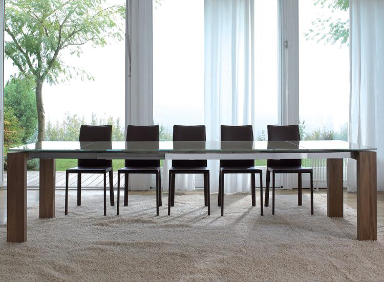 Aliante dining table from Antonello Italia