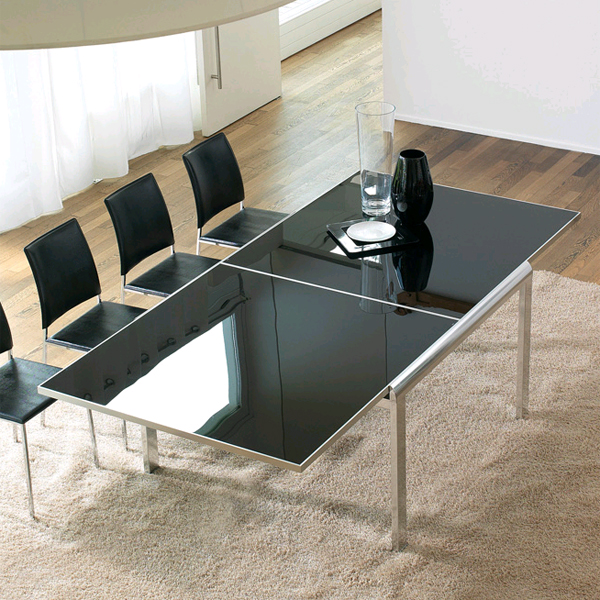 Clarance, dining table from Antonello Italia