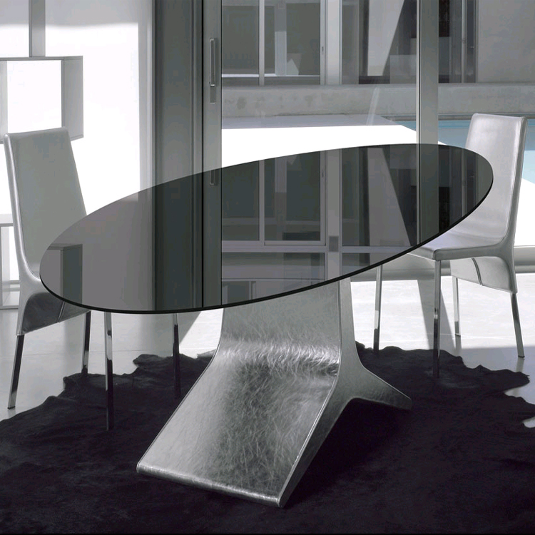 Reale dining table from Antonello Italia