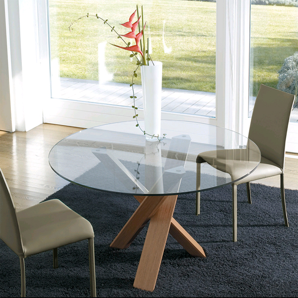 Resort dining table from Antonello Italia
