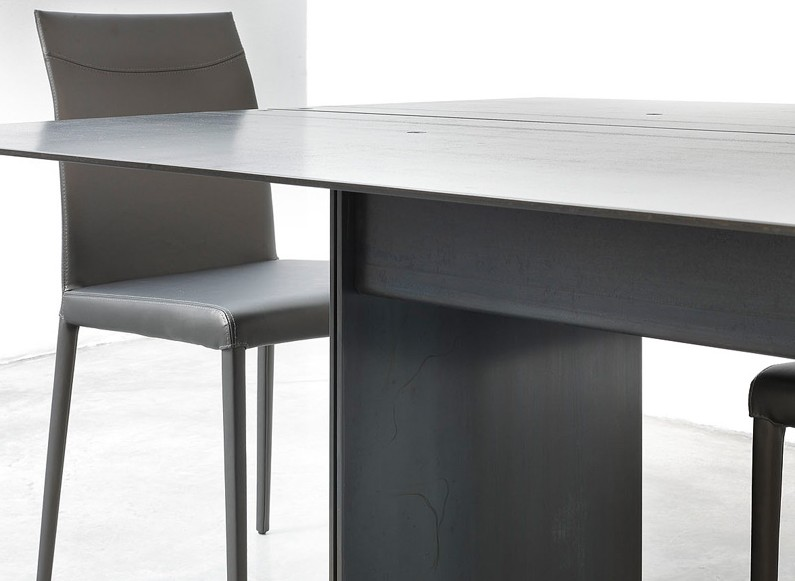 Steel dining table from Trabaldo