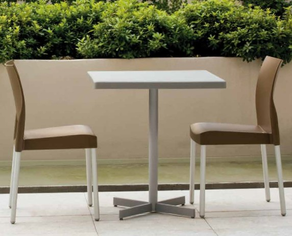 Plastic-X bar table from Pedrali