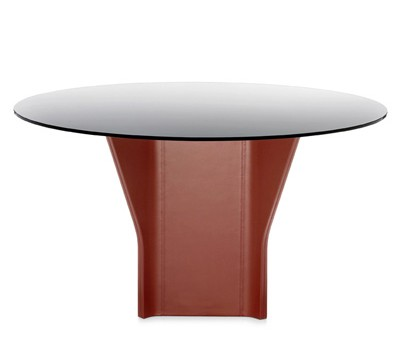 Argor dining table from Frag, designed by Kensaku Oshiro