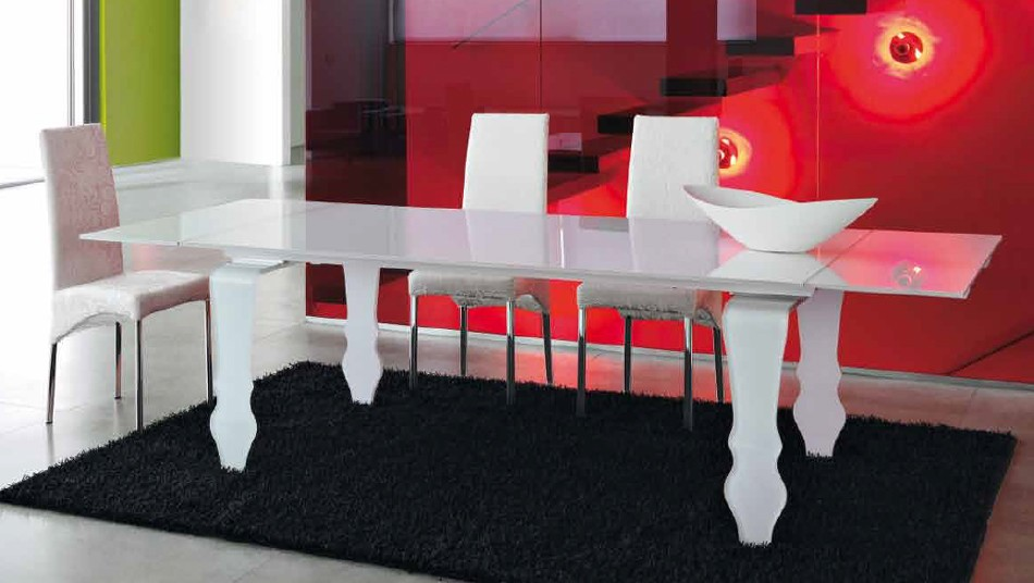 Encio Extendable dining table from Unico Italia