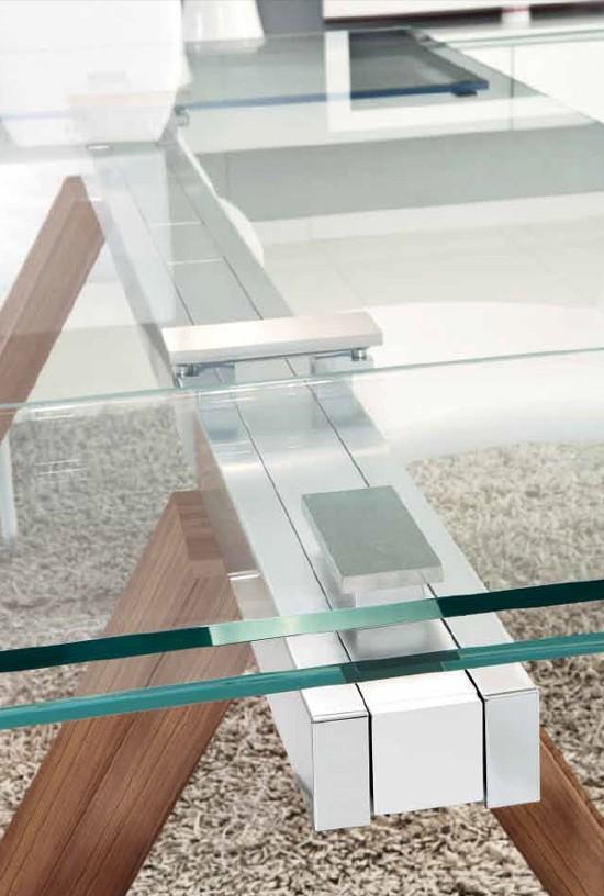 Mitho dining table from Unico Italia