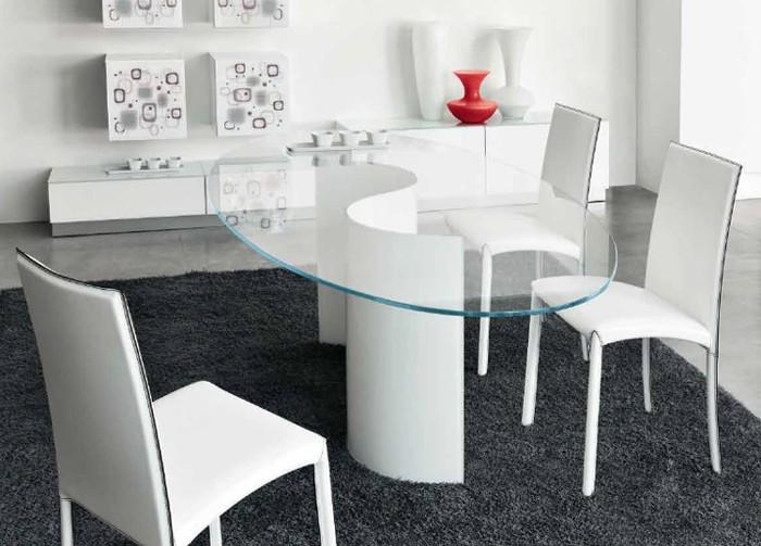 Segno dining table from Unico Italia