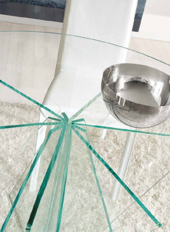 Stella dining table from Unico Italia