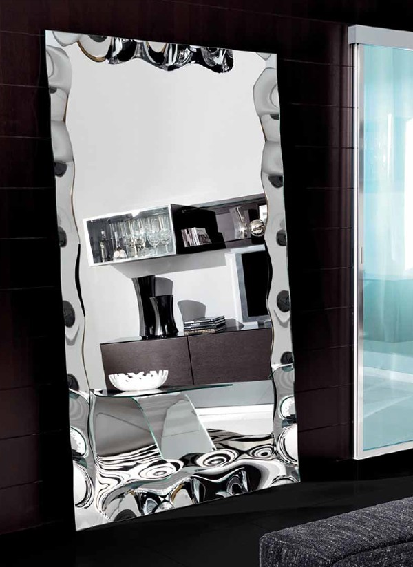 Vertigo XL mirror from Unico Italia