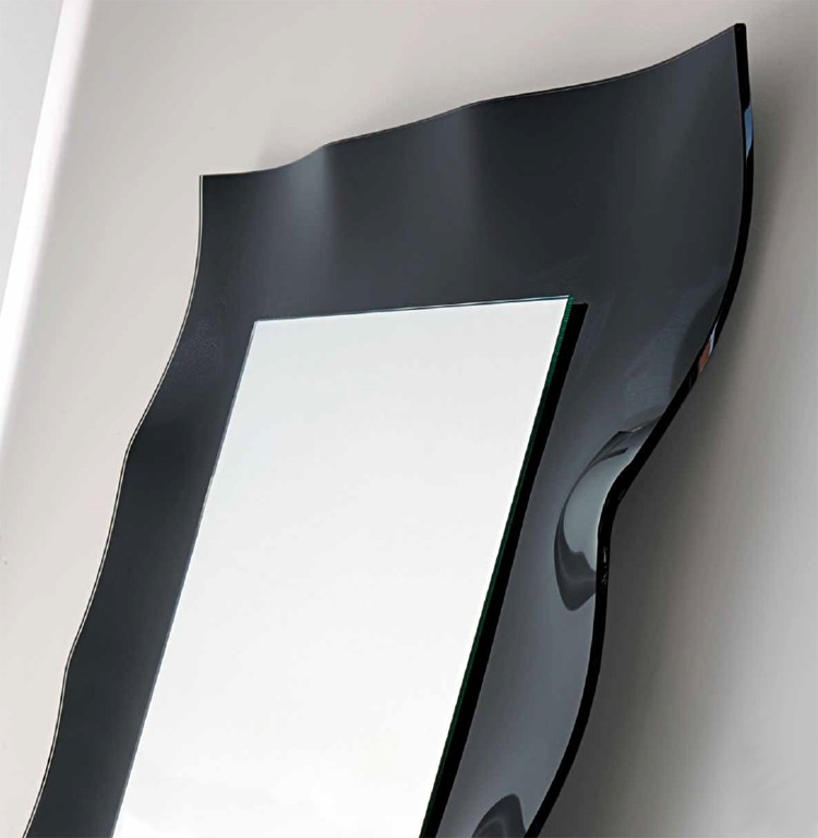 Vertigo  mirror from Unico Italia