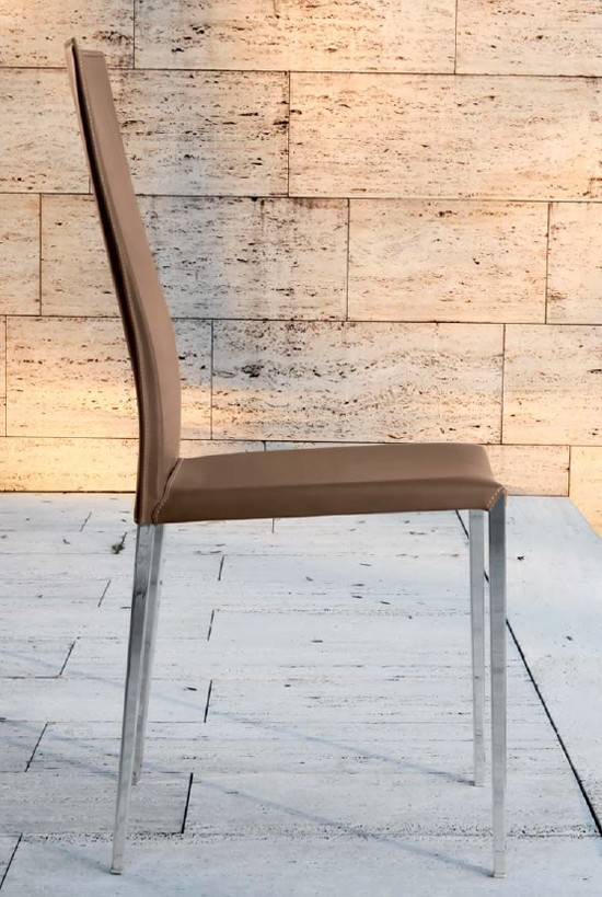 Class chair from Unico Italia