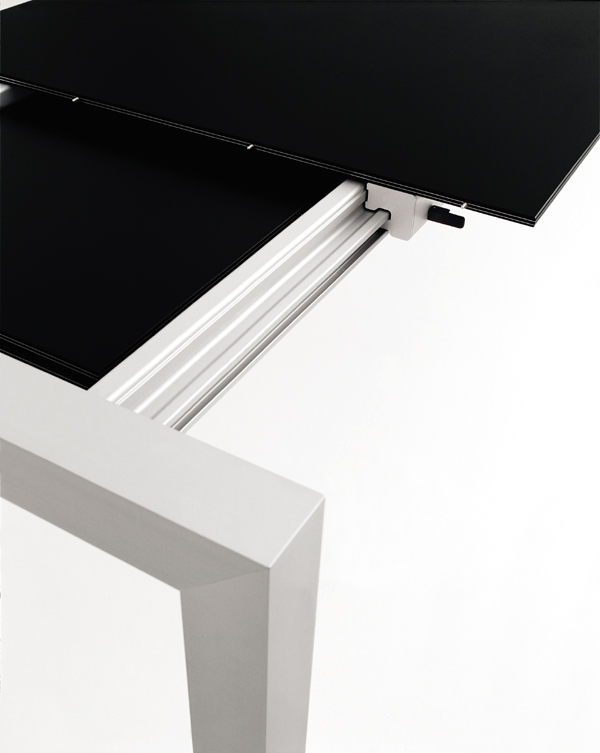 Sushi Glass dining table from Kristalia, designed by Bartoli Design