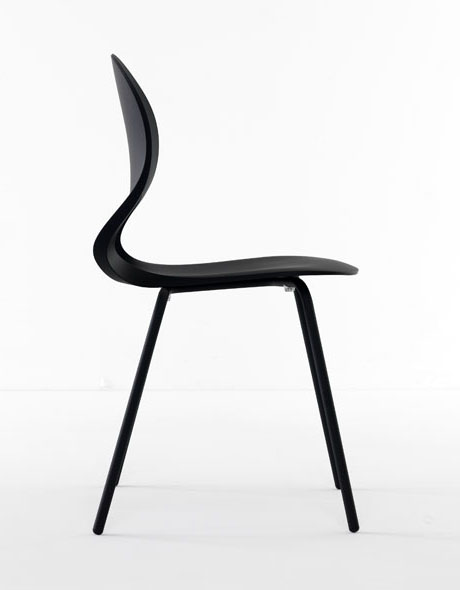 Pikaia chair from Kristalia, designed by Angelo Natuzzi