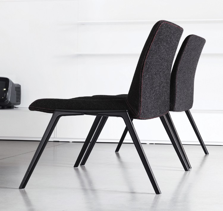 Plate 70 lounge chair from Kristalia, designed by Luca Nichetto