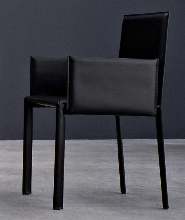 Slim chair from Kristalia