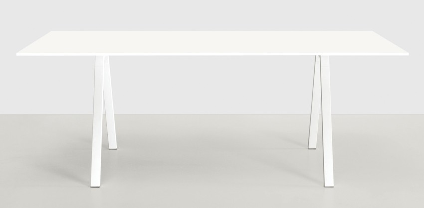 Neat desk from Kristalia, designed by Christophe Pillet