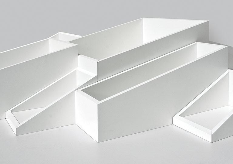 SheLLf bookcase from Kristalia