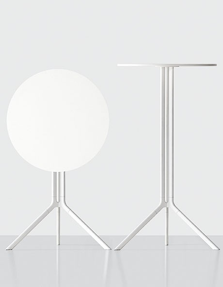 Poule bar table from Kristalia, designed by Patrick Norguet