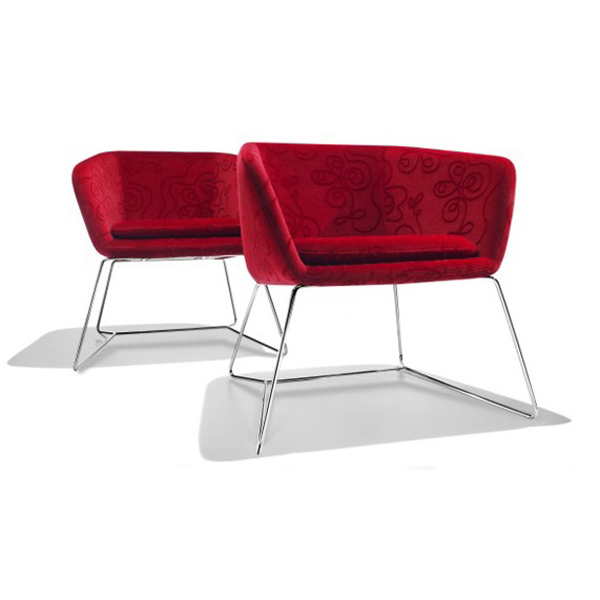 Mamy lounge chair from Parri