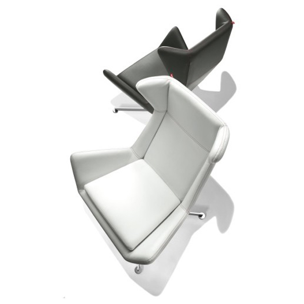 Free lounge chair from Parri