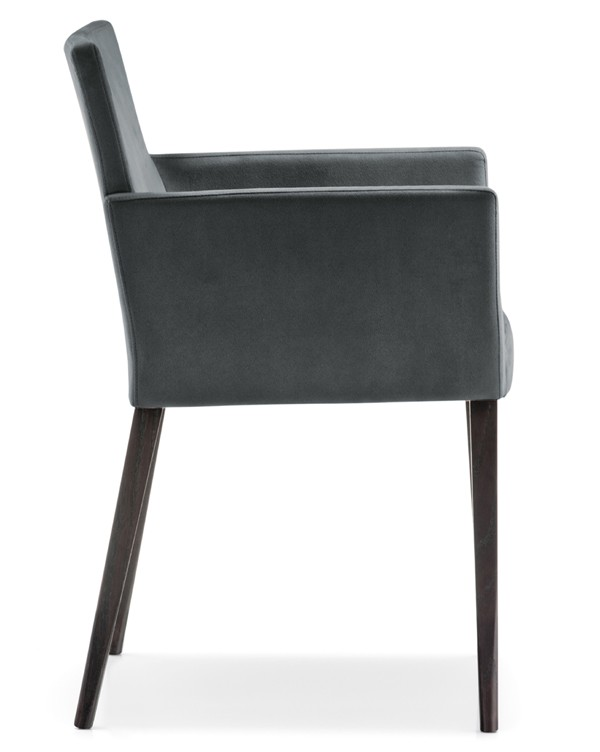 Dress 535 chair from Pedrali, designed by Pedrali R&D