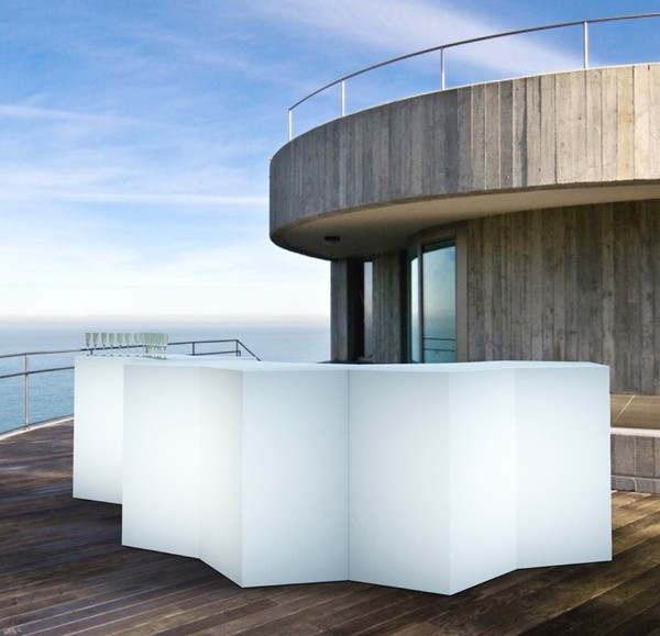 Iceberg bar table from Pedrali