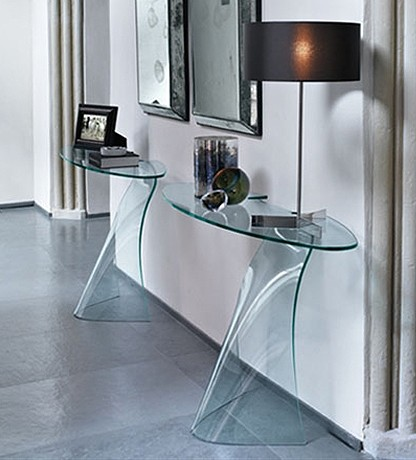 Dama console table from Fiam
