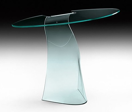 Dama console table from Fiam, designed by Makio Hasuike