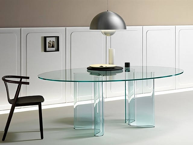 Sahara, dining table from Fiam