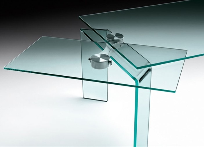 Ray Plus dining table from Fiam, designed by Bartoli Design