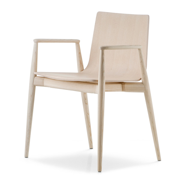 Malmo 395 chair from Pedrali, designed by CMP Design
