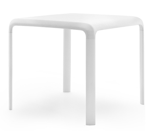 Snow 301 dining table from Pedrali, designed by Odoardo Fioravanti